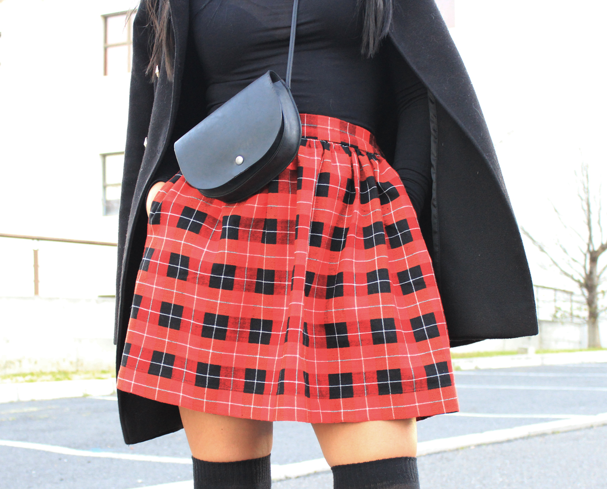 How to make a skirt with flat front and elasticated waistband | Scarlet Stitch